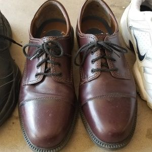 Mens 9.5 Dockers Leather Dress Shoes LIKE NEW